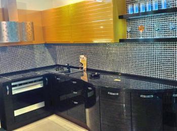 Кухонный шкаф 015 Лигна в золотом с черным низом