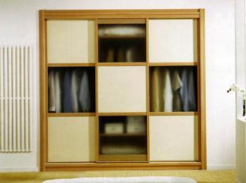 Встроенный шкаф купе 036 из трех створок
