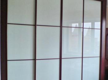 Шкаф-купе 049 четырехстворчатый с матовыми стеклами