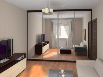 Шкаф-купе 005 с целыми зеркальными дверями в комнате отдыха
