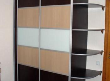 Шкаф-купе 054 трехцветный