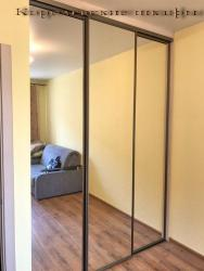 Шкаф гардеробная с зеркальными створками