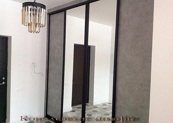 Шкаф-купе 099 зеркальный в проеме 4 створки